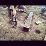 Cetakan mini pile dari pelat besi bekas