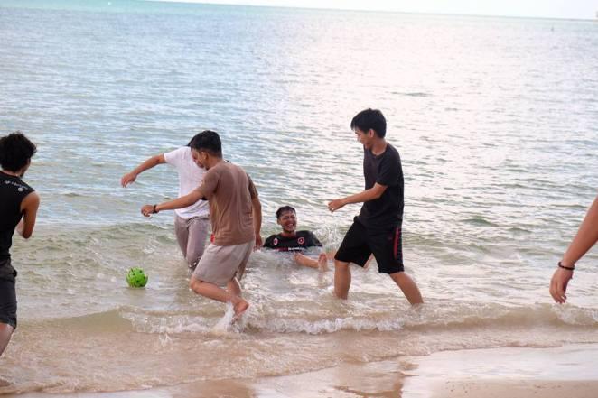 RAW Belitung's trip pic by Rio Triwardhana