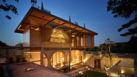 the-guild-raw-architecture-realrich-sjarief-architecture-residential-indonesia-jakarta_dezeen_herob