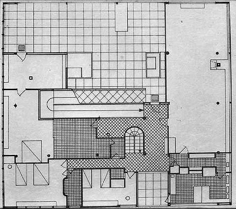 https://en.wikiarquitectura.com/index.php/File:Villa_Savoye_Plata.jpg